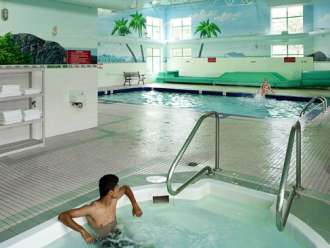 comfort inn & suites kamloops indoor heated pool