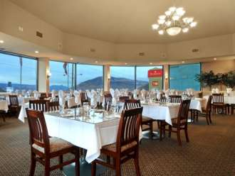 the ramada inn kamloops cityview grill and rooftop lounge restaurant